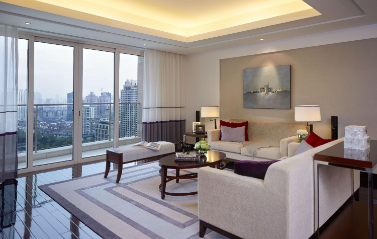 luxury serviced apartments market, foreign firms